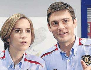 Aina Clotet i Roger Coma, en el paper de mossos d'esquadra (foto: TVC)