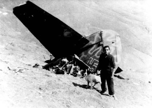 Foto del 1944 de l'avió de guerra que va caure a Enviny